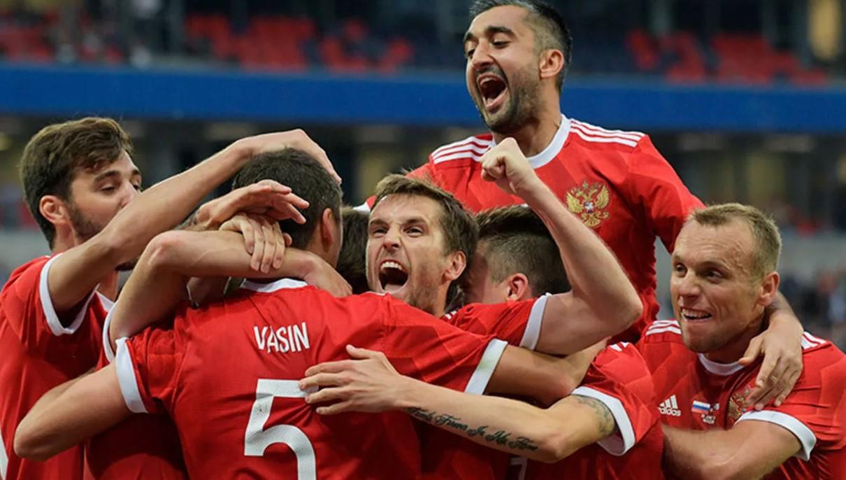Сборная России по футболуСпорт, ставки